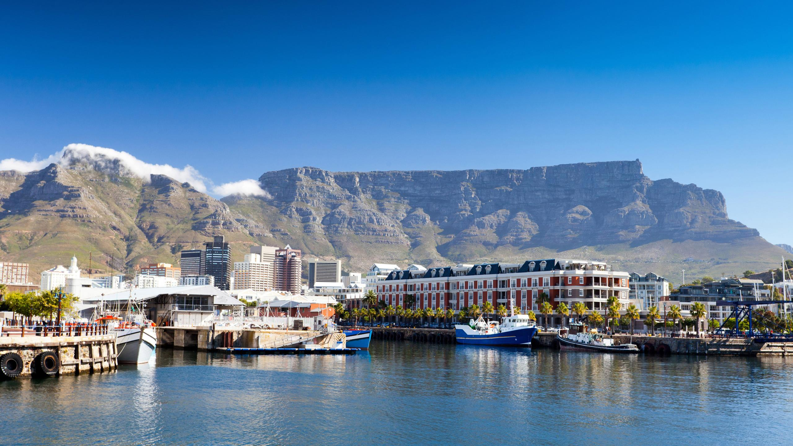 http://www.prasannaholidays.com/wp-content/uploads/2014/05/8200685-cape-town-wallpapers.jpg