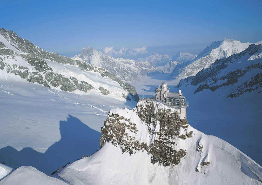 http://www.prasannaholidays.com/wp-content/uploads/2014/05/Jungfraujoch-Top-of-Europe.jpg