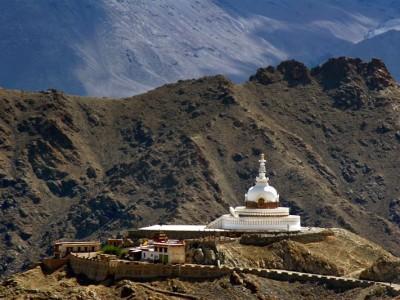 shanti_stupa_-_leh