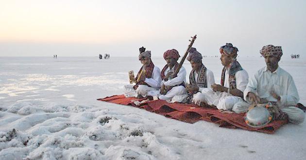 http://www.prasannaholidays.com/wp-content/uploads/2015/10/Gujarat_01.jpg