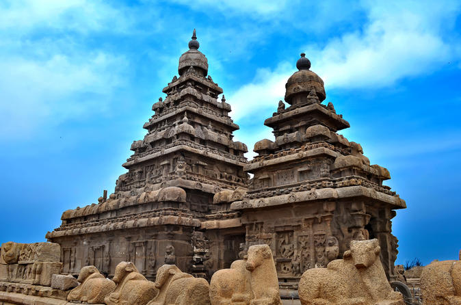 http://www.prasannaholidays.com/wp-content/uploads/2015/10/private-cultural-tour-day-trip-to-mahabalipuram1.jpg
