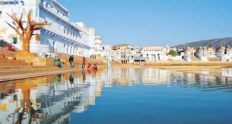 http://www.prasannaholidays.com/wp-content/uploads/2017/10/Mewar-Rajasthan-Pushkar-Lake.jpg