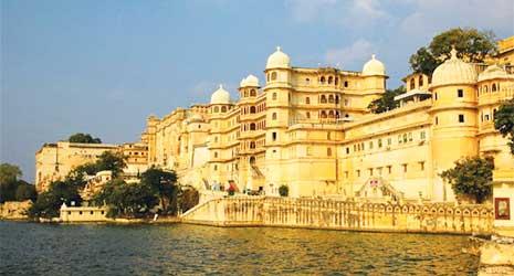 http://www.prasannaholidays.com/wp-content/uploads/2017/10/Mewar-Rajasthan-Udaipur.jpg