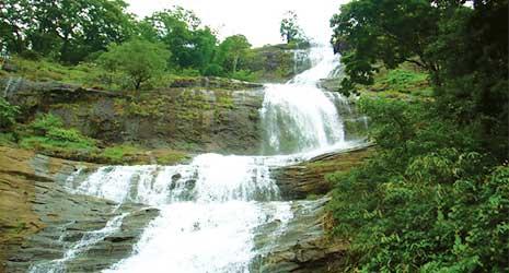 http://www.prasannaholidays.com/wp-content/uploads/2017/10/Romantic-Kerala-1.jpg
