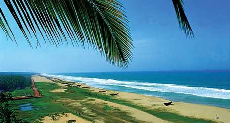 http://www.prasannaholidays.com/wp-content/uploads/2017/10/Romantic-Kerala-CheraiBeach.jpg