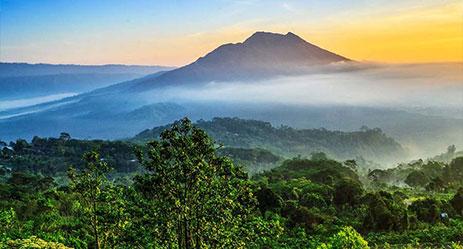 http://www.prasannaholidays.com/wp-content/uploads/2017/11/Kintamani_Bali.jpg